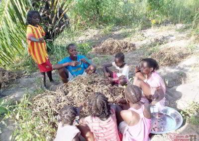 les enfants du cocon au potager 1