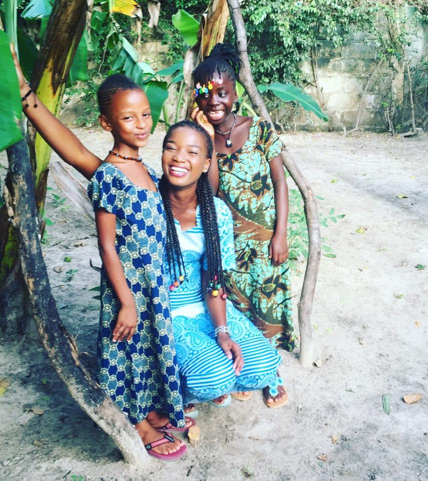 oumou ndiaye et les filles du cocon de cabrousse jardin