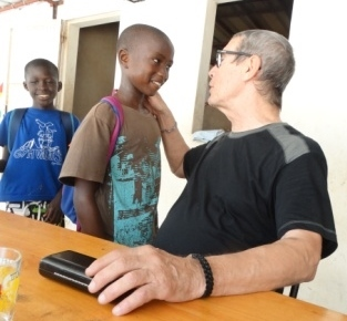 retour de Michel au cocon avec les enfants