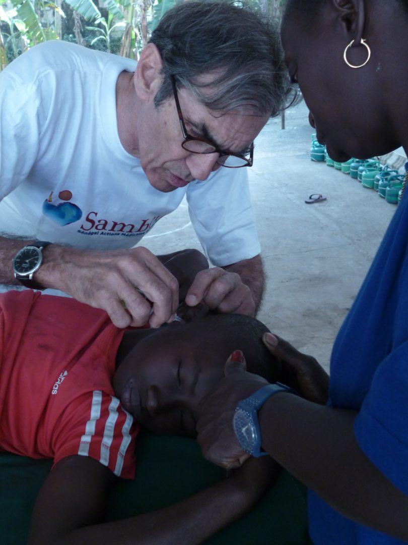 Samben au Cocon de Cabrousse - Médecin soigne